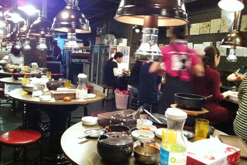 兄夫(ヒョンブ)食堂 赤坂本店1